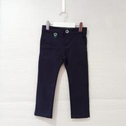 Pantalón chino azul marino...